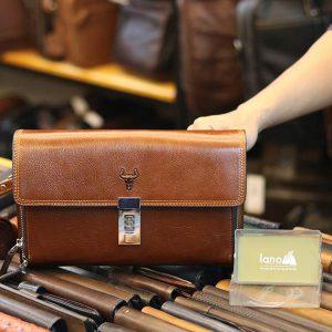 Túi cầm tay da bò khóa số thời trang Lano CLT36